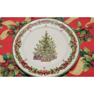 Traditions- Holiday Celebrations Dinner Plates (6)